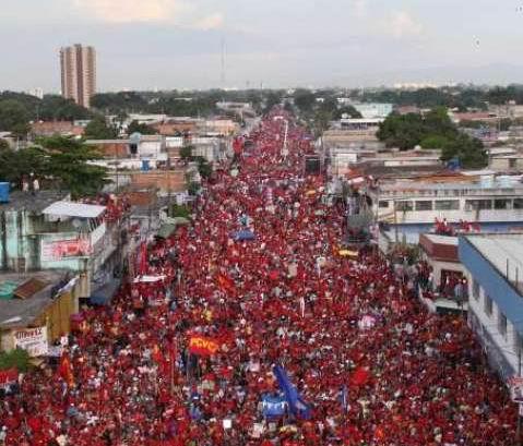 marcha-venezuela-apoyo-chavez-4