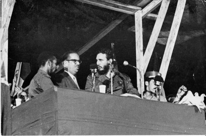 Cuba fidel nacionaliza
