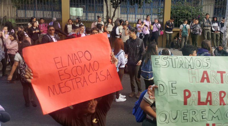 """Estudiantes del Liceo Napoleón Quesada: """"Estamos hartos de palabras"""""""