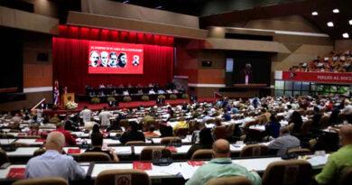 Saludamos el 8vo. Congreso del Partido Comunista de Cuba